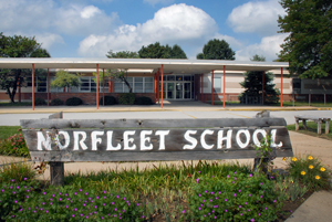 Photo of the outside of Norfleet Elementary